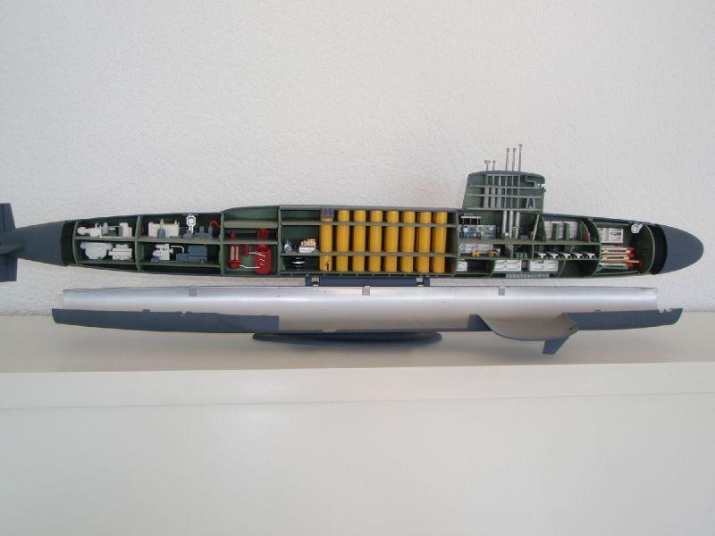 Maquette interieur sous marin for Interieur sous marin