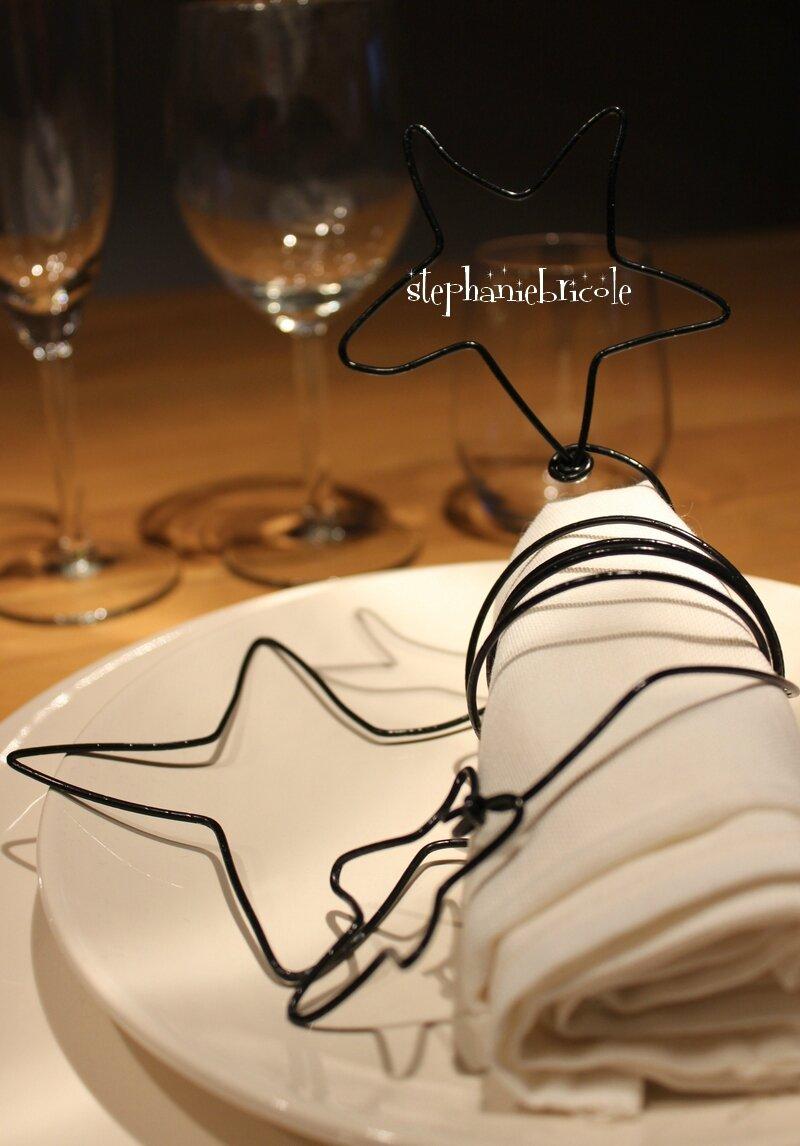 DIY pour table en fête - un rond de serviette ETOILES en fil de fer