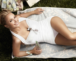 9702314_hayden_panettiere_sexy_1280x1024_1877_thumb