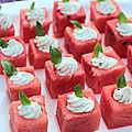 Le retour ! apéritif : cubes de pastèque garnies de philadelphia au basilic
