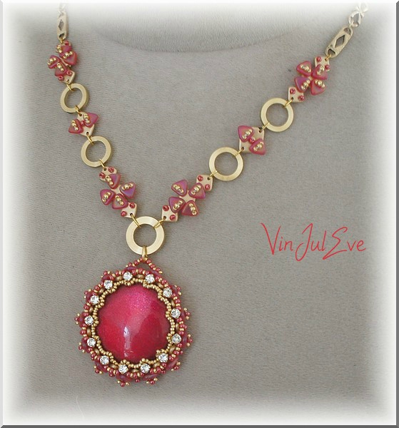Collier halsua rouge or