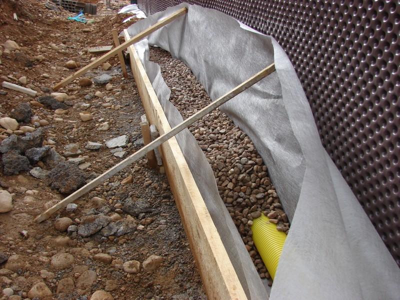 Drainage 2 123 les murs 456 le toit 789 notre nid for Drainage autour d une terrasse
