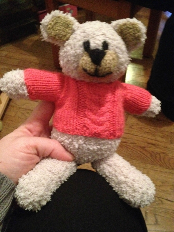 Petit ours en tricot + pull