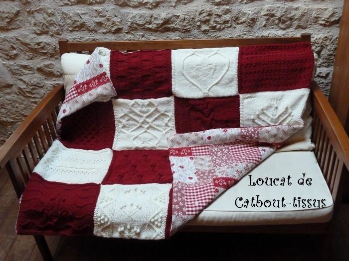 bien au chaud sous mon plaid en carr s de tricot catbout tissus le blog. Black Bedroom Furniture Sets. Home Design Ideas