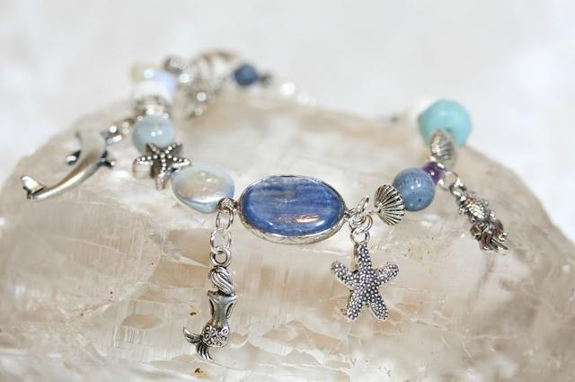 bracelet fee Dauphin