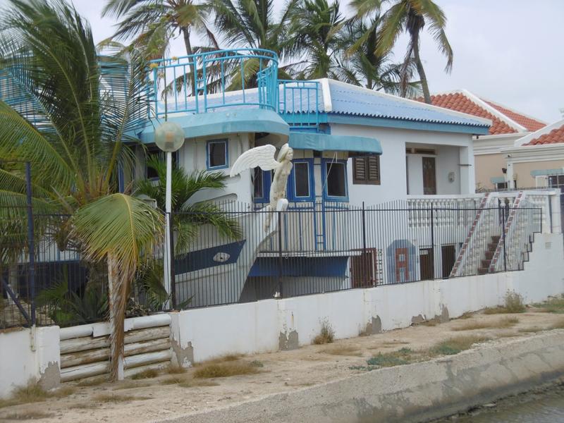 15 -maison bateau à Kralendijk