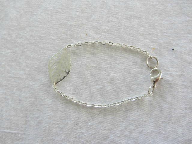 bracelet argenté feuille