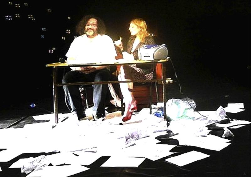 Eugène Durif et Nadège Prugnard. Photo : Magma Performing théâtre