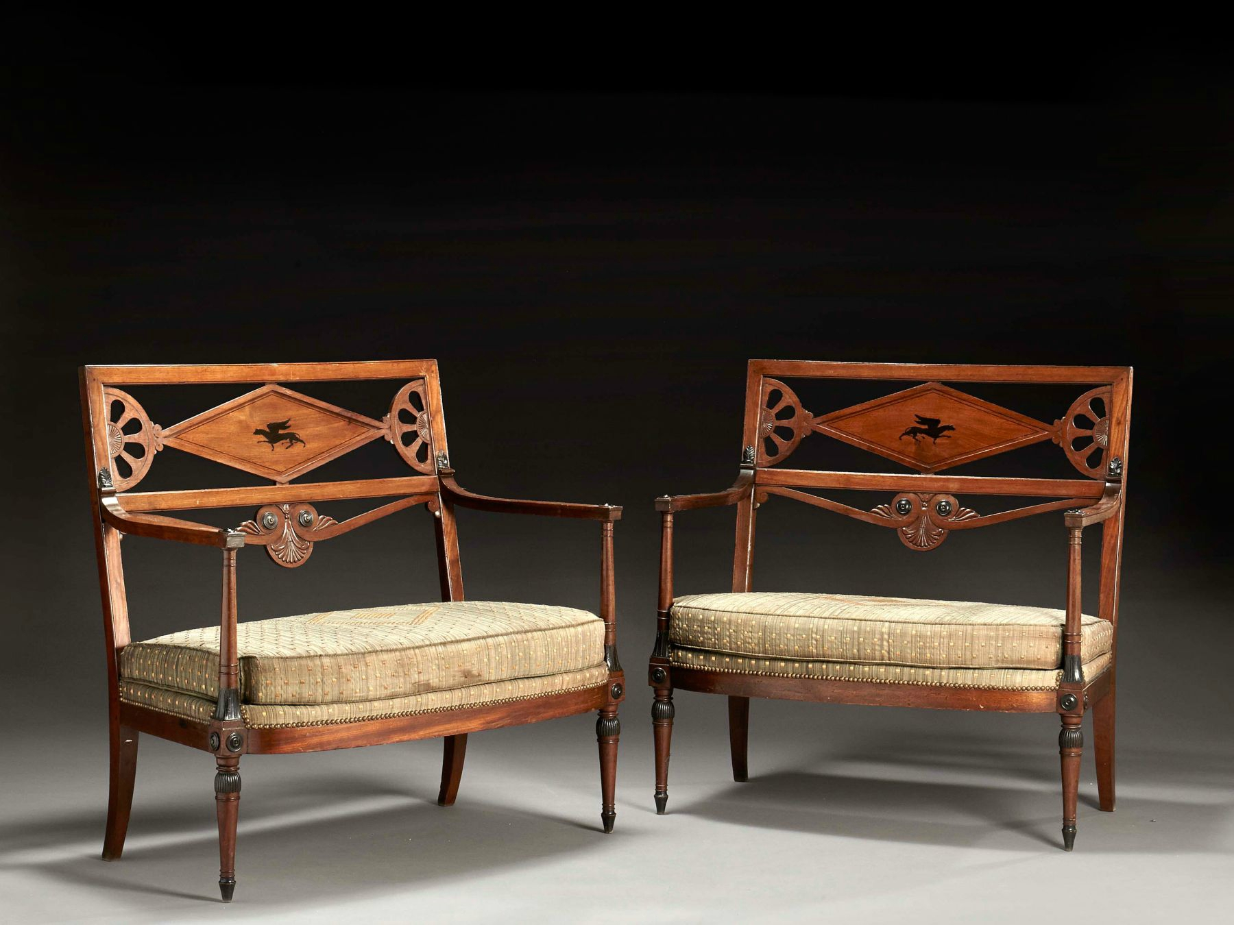 Artcurial announces furniture and decorative objects sale for Canape directoire