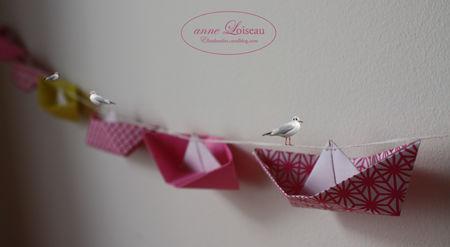 02AnneLoiseau_Guirlande_origami_bateaux