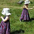 Robes bretelles violettes