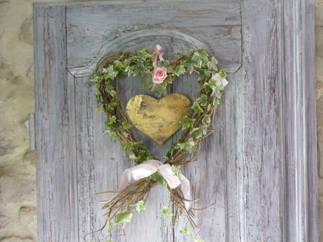 Coeur en bois le blog d co de francine delicourt 06 10 for Decoration d une porte d entree