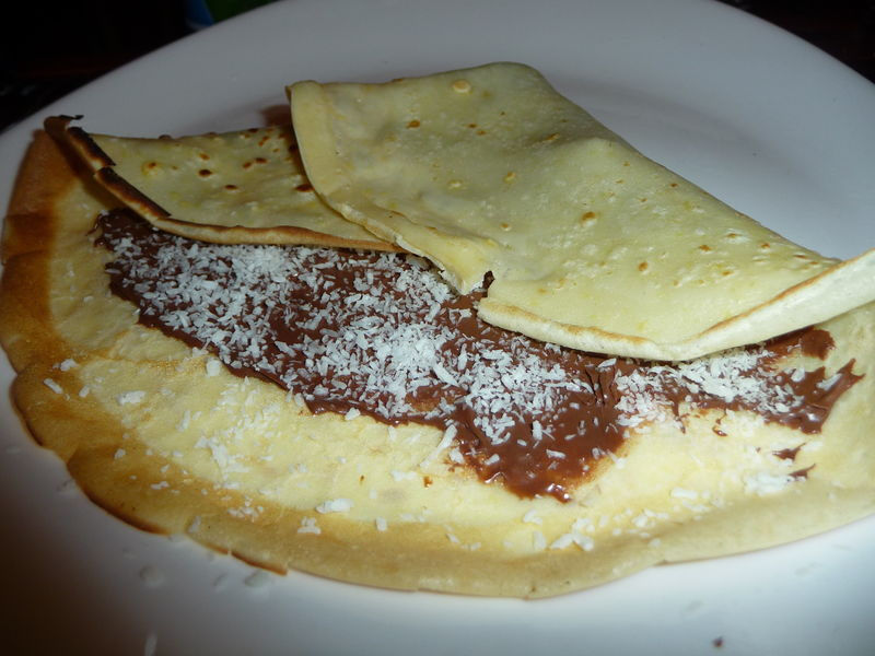 Cocoa Crepes With Mascarpone And Blackberries Recipe ...