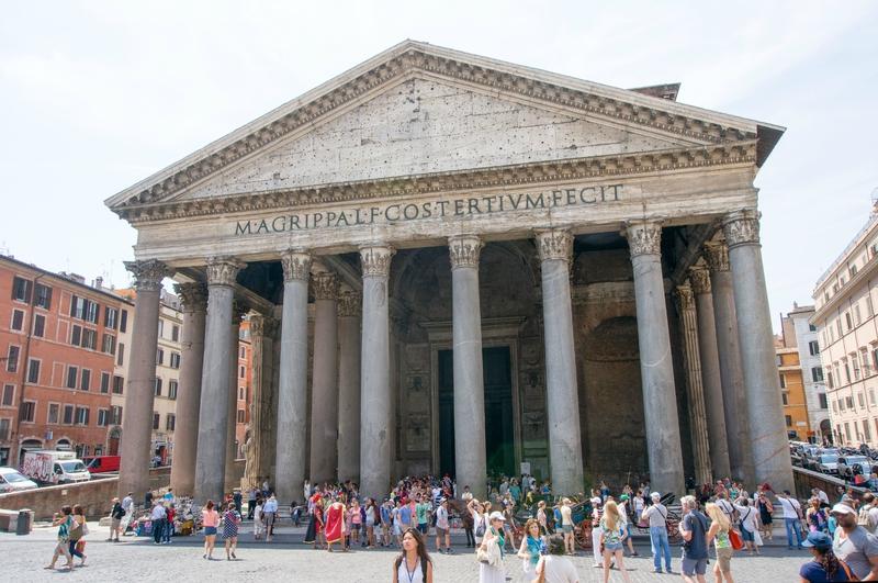 Piazza della Rotonda, le Pantheon