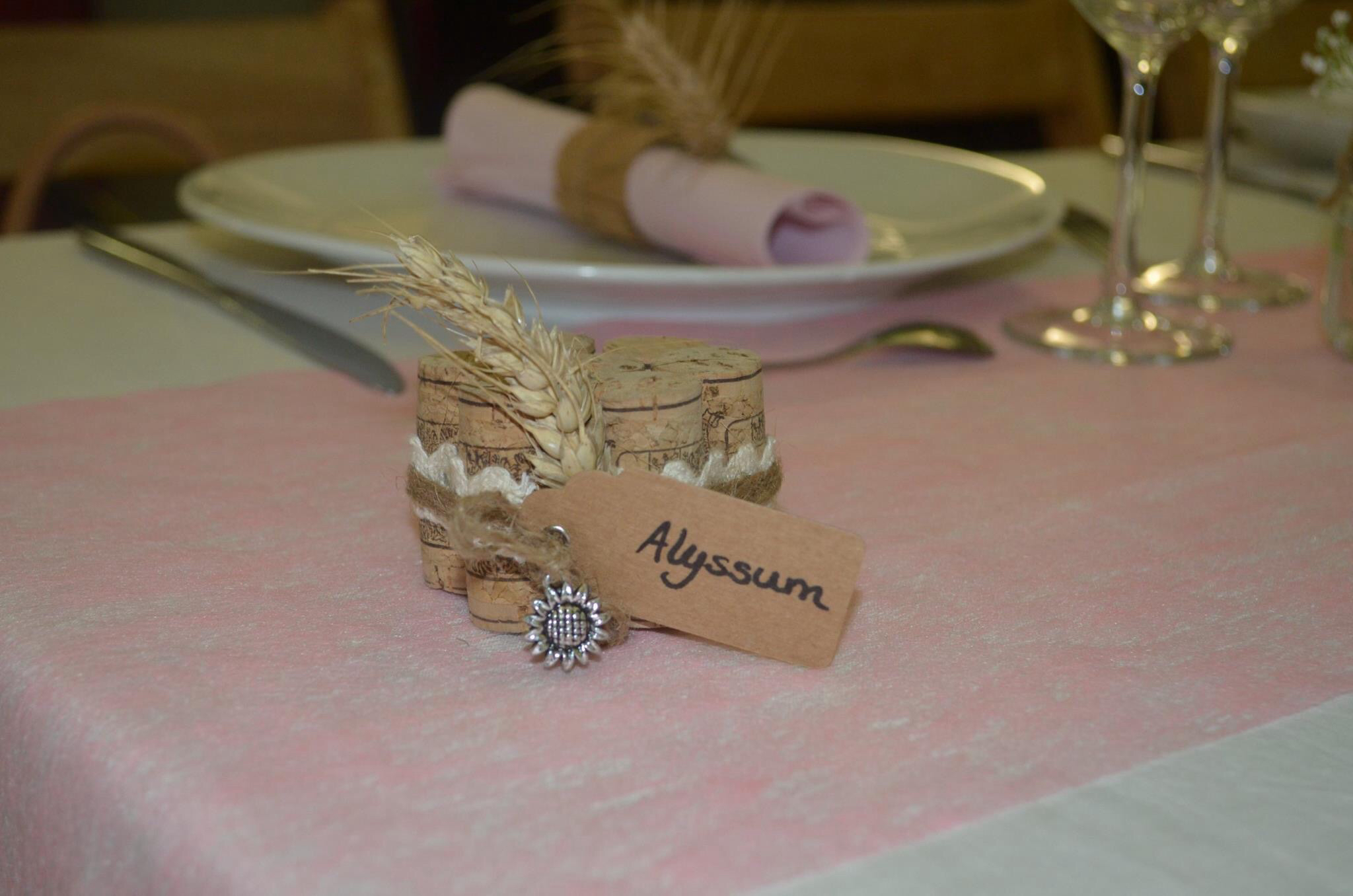 Porte nom table mariage champ tre photo de mariage for Decoration table porte nom