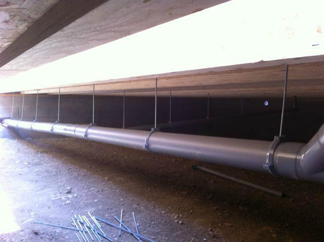 Du 14 au 19 aout 2012 autoconstruction d 39 une maison a for Eau dans vide sanitaire normal