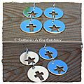 Médailles argent massif croix et étoiles ajourées