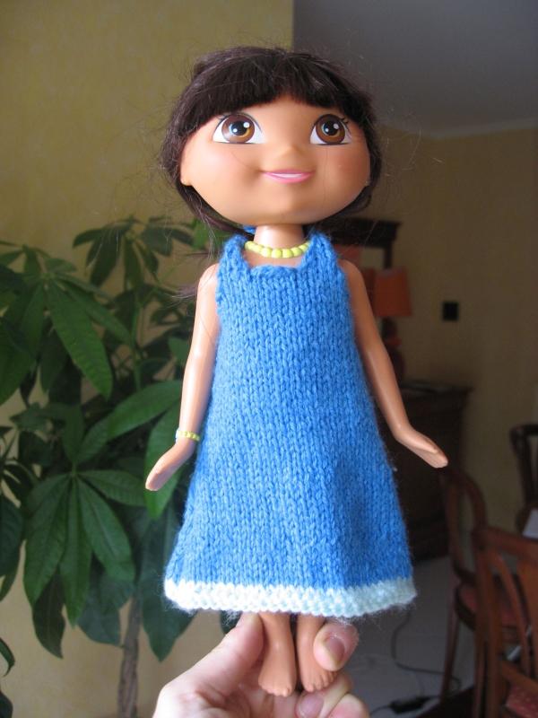 Petit robe de poupée