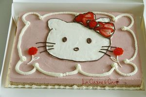 bavarois_fraises_hello_kitty