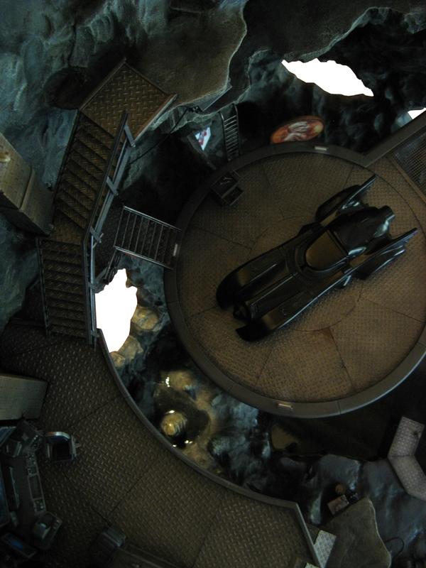 batcave monolith remi bostal scenery diorama batman (2)