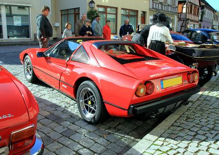Ferrari_308_quattrovalvole__1982_1985__3_me_Rencontre_de_voitures_anciennes___Benfeld_2010__02