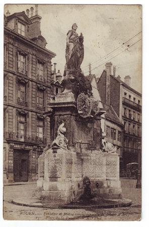 76 - ROUEN - Place de la Pucelle