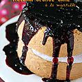 Victoria sponge cake à la myrtille