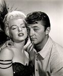 ronr_sc01_studio_mm_with_robert_mitchum_022_1a1