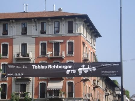 Milan avril 2007 Fondation Prada - Installations cinéma de Tobias Rehberger reconstitution du processus créatif d'un film