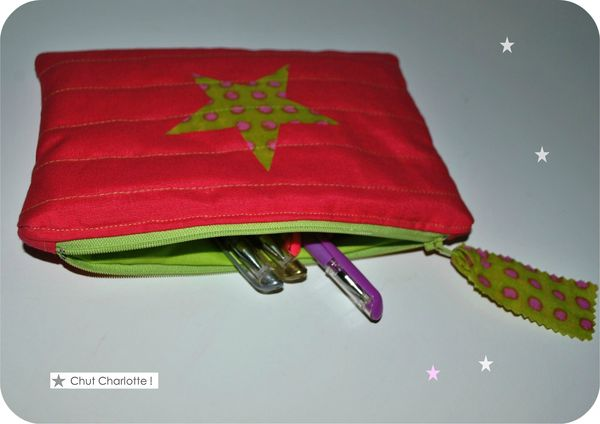 Pochette matelasse rose vif (2)