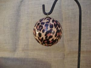 petite boule léopard