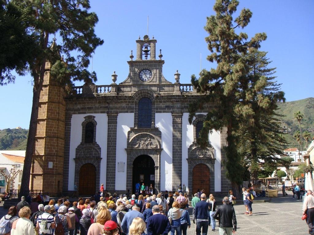 TEROR BASILIQUE VIRGEN DEL PINO (île de Gran Canaria)