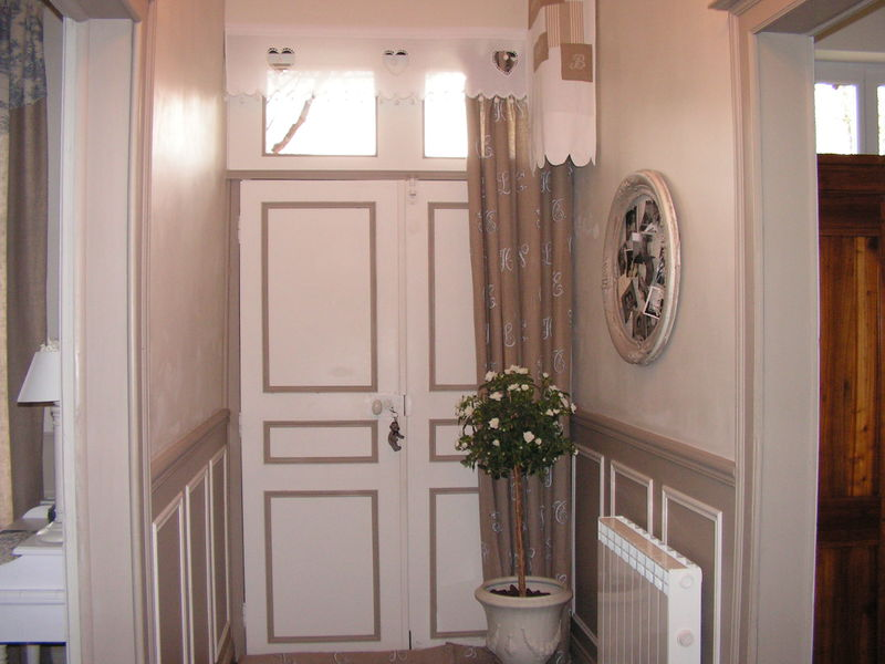 La porte d 39 entree buis et hortensias for Decoration porte interieur