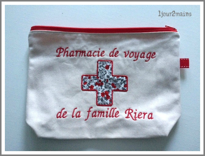 trousse pharmacie famille R