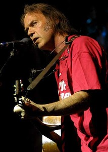 neil_young_farm_aid2000