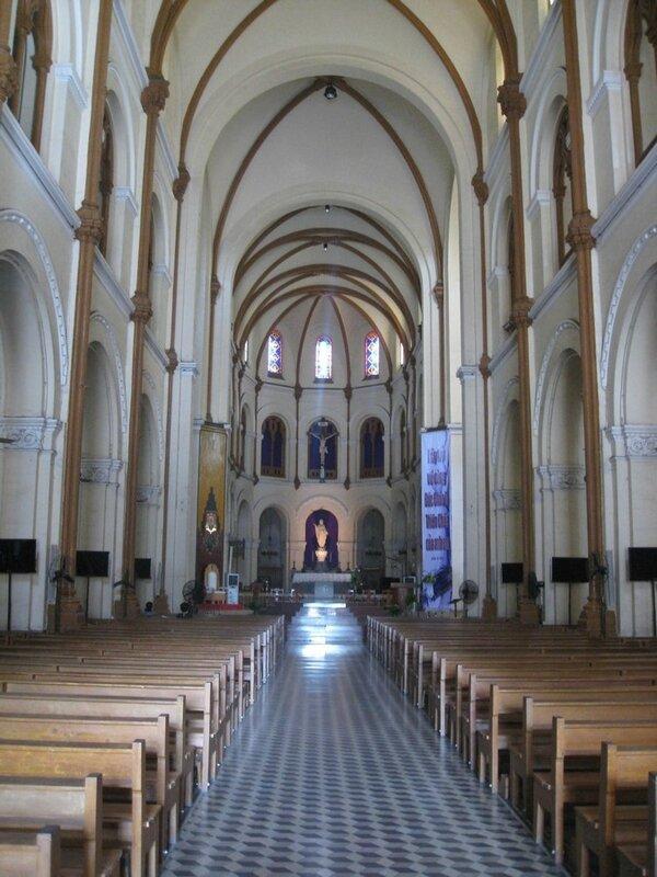HO CHI MINH VILLE, la cathérale