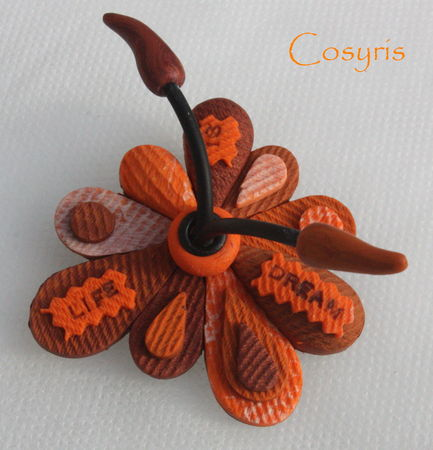 7_broche_intissed_orange_life_is_dream