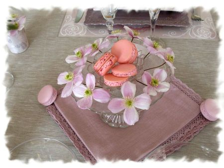 table rose poudrée 018