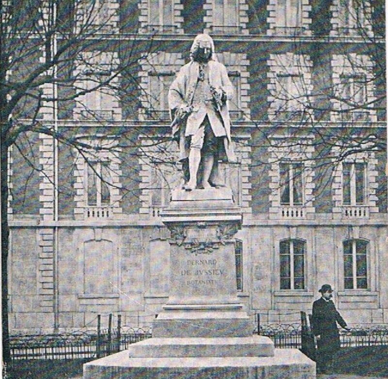 GIN statue jussieu sq jussieu