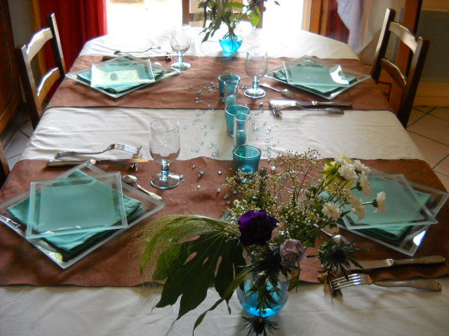 Table repas entre amis brik a brak de marsu - Repas plancha entre amis ...