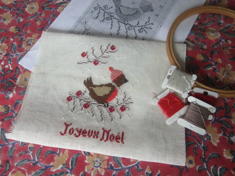 broderie-oiseau-free-joyeux-noel