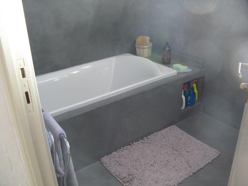Baignoire en beton cire maison design - Baignoire en beton cire ...