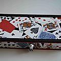 Boîte à jeux de cartes