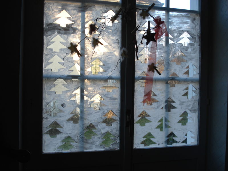 Decoration de noel sur vitre for Decoration vitres fenetres