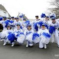100-628-UN CARNAVAL HAUT EN COULEUR 
