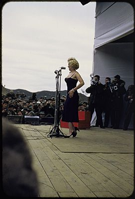 1954-02-17-stage_out-by_david_geary-04
