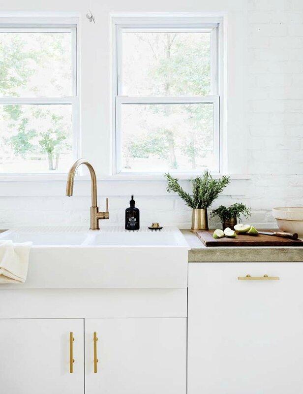 farm-house-fresh-bronze-and-white-kitchen-58dbd8a0fd8437749f4defe2-w1000_h1000