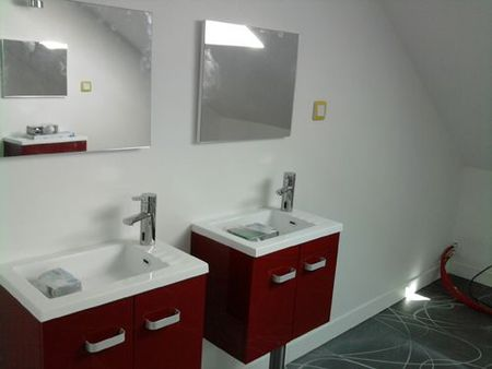 La salle de bain des enfants r novation d 39 une long re - Refaire une salle de bain cout ...