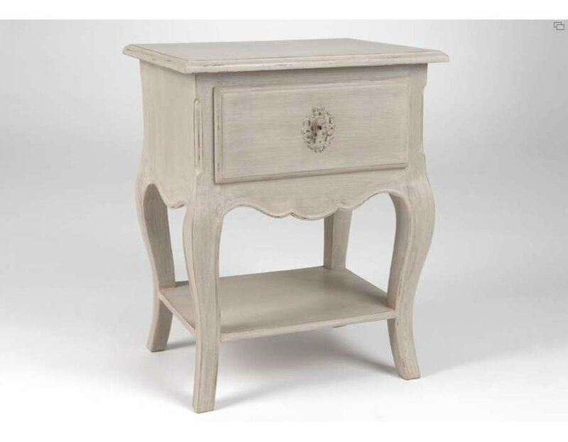 Table de chevet romantique meuble amadeus for Table de nuit grise