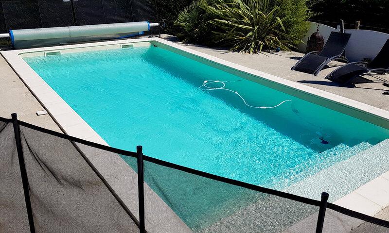 construire sa piscine bienvenue piscine en blocs. Black Bedroom Furniture Sets. Home Design Ideas